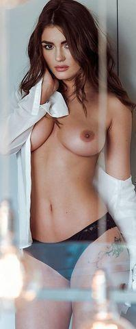models India Reynolds 24 years unclothed snapshot home