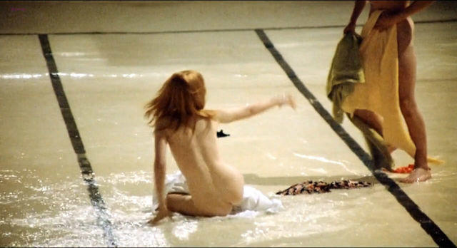 celebritie Jane Asher 25 years unexpurgated image in public