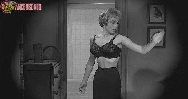 actress Janet Leigh 24 years in the buff pics home