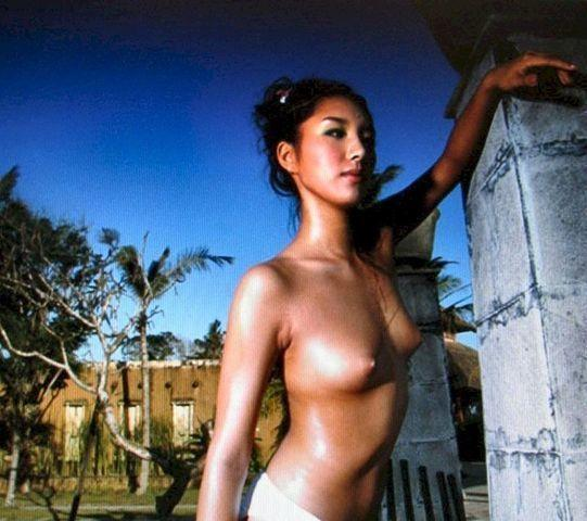 actress Jang A-Rumee 23 years nudism photos home