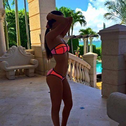 actress Jen Selter 24 years breasts picture in public