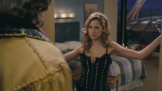 models Jenna Fischer 23 years k-naked snapshot in public