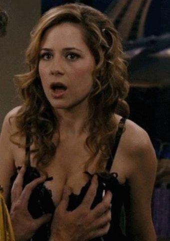 actress Jenna Fischer young raunchy photos in the club