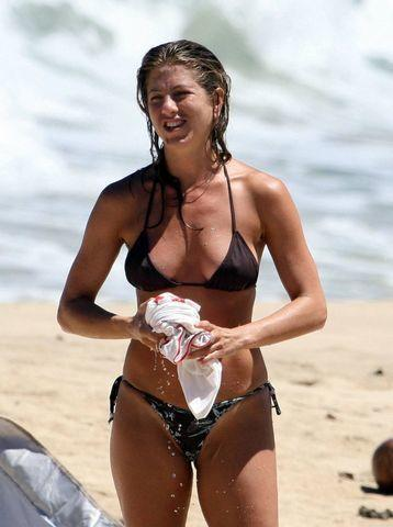 models Jennifer Aniston 24 years salacious pics home