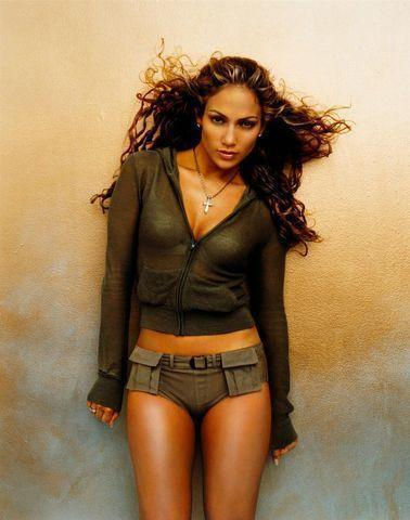 actress Jennifer Lopez 2015 unmasked snapshot home