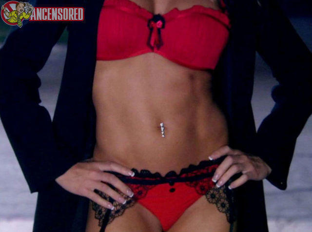 celebritie Jessica Canseco 19 years undress foto in public