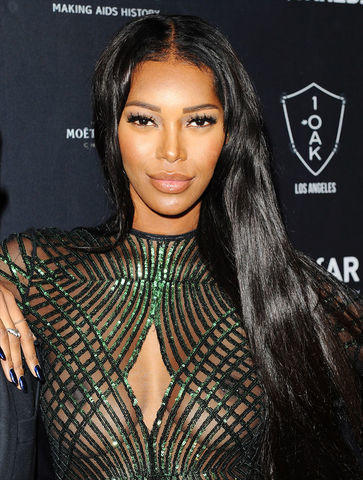 celebritie Jessica White 20 years erogenous snapshot in public