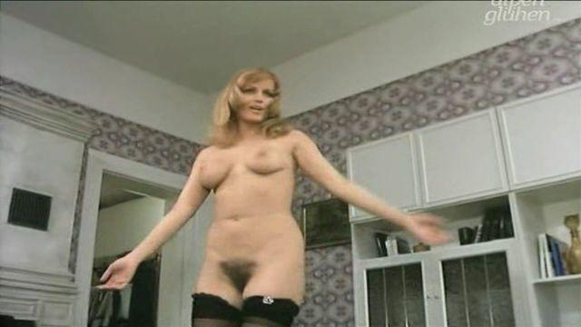 Joanna Jung nude picture