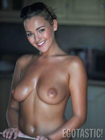 celebritie Jodie Gasson 18 years impassioned image home