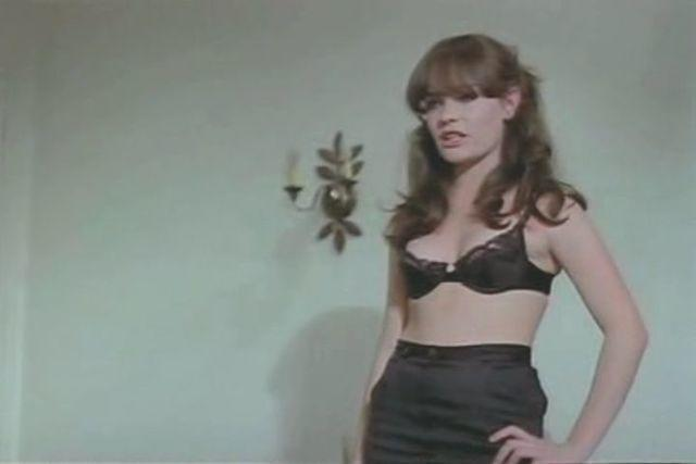 actress Judith Jamber 18 years bareness photo in public