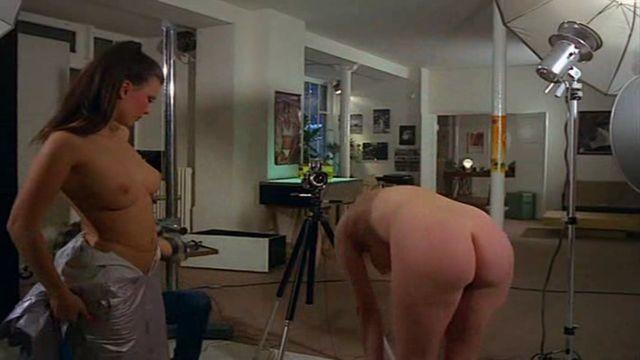 actress Julia Perrin 2015 the nude photos home