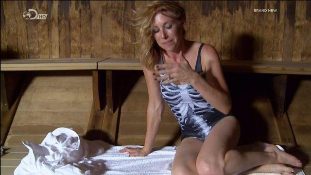 celebritie Kari Byron teen unclothed photoshoot in the club