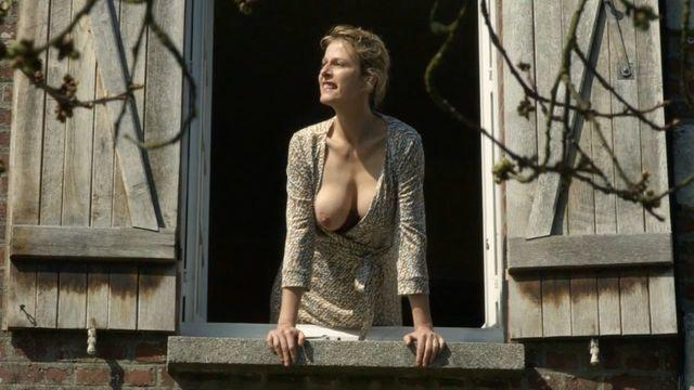 celebritie Karin Viard 24 years salacious art in public