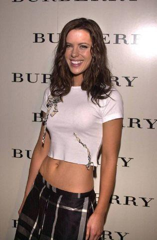 actress Kate Beckinsale 18 years nudity photoshoot home