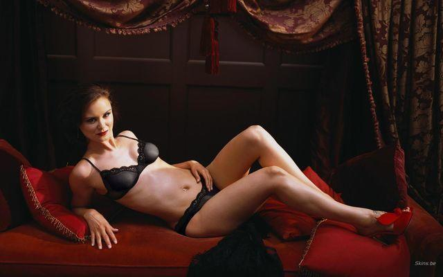 actress Keegan Connor Tracy 2015 stripped image in the club
