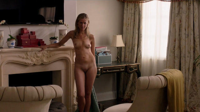 Kelly Deadmon topless photos