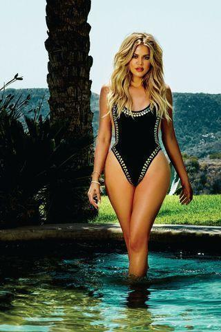 Sexy Khloe Kardashian pics high density