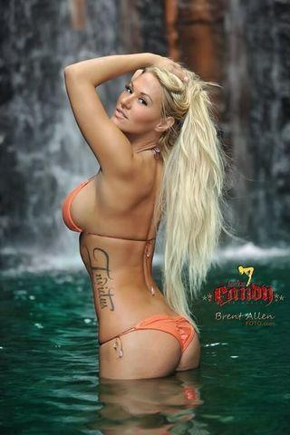 models Kindly Myers 21 years bare art home