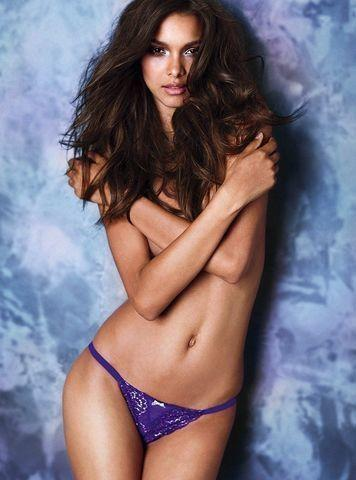 models Lais Ribeiro 23 years Without slip snapshot in public