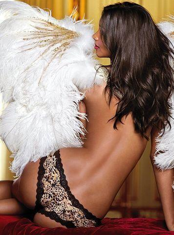 models Lais Ribeiro 25 years concupiscent photos beach