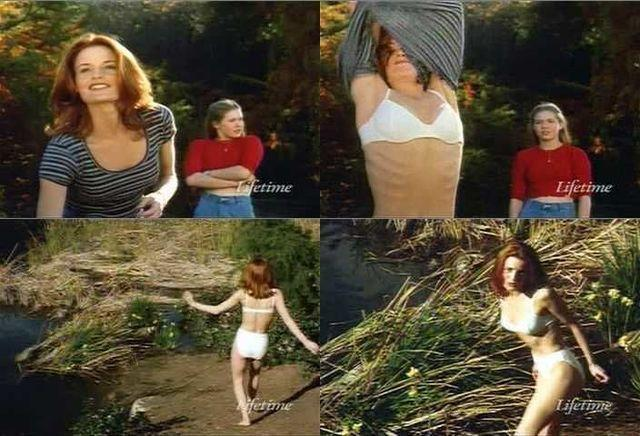 celebritie Laura Leighton 23 years k-naked photo beach