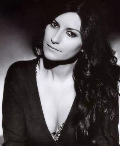 celebritie laura pausini 20 years unclothed picture home