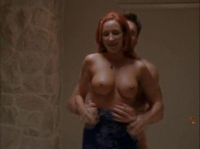 Lauren Hays topless picture