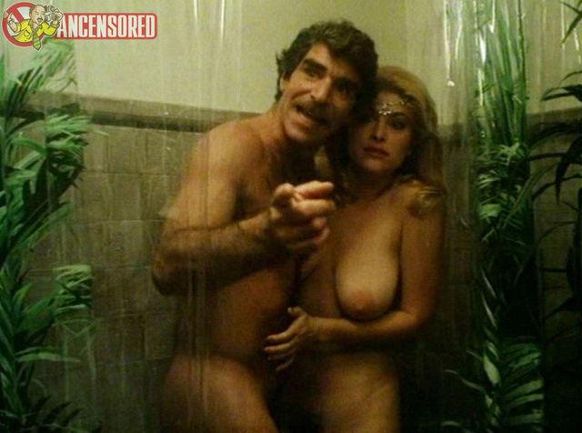 actress Laurie Senit 20 years buck naked snapshot in the club
