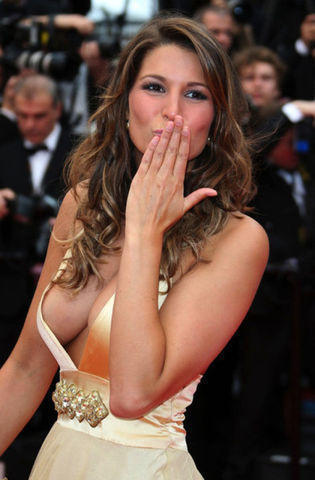 actress Laury Thilleman 25 years provocative photo in public