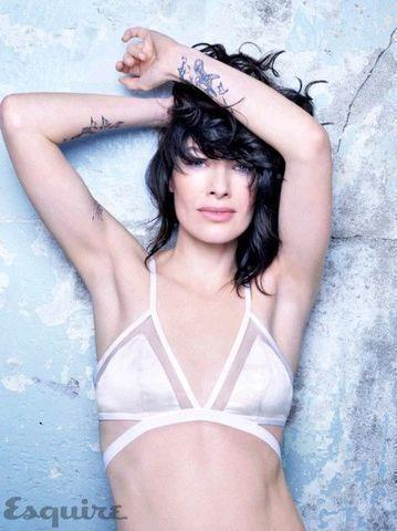 models Lena Headey 18 years nudity photography in public