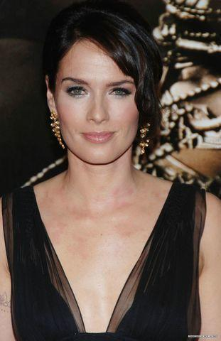 actress Lena Headey 18 years in the altogether photos in public