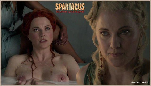 Lucy Lawless topless picture