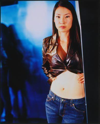 actress Lucy Liu 18 years barefaced image beach