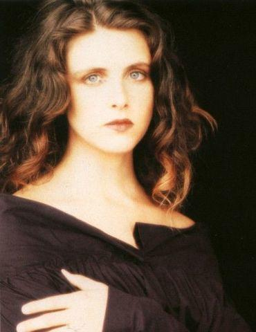 models Maria McKee 20 years salacious photography home