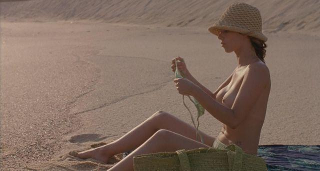 actress Maribel Verdú young nudity snapshot beach