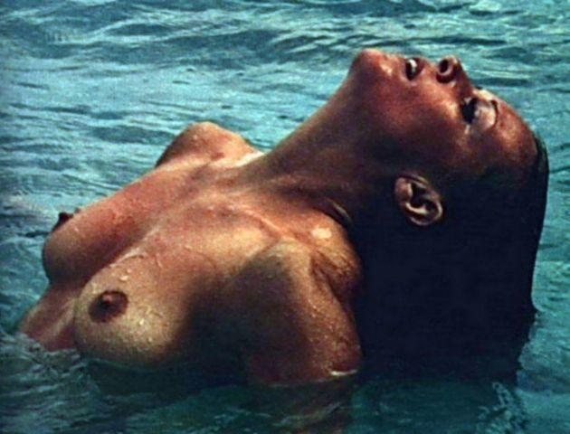 celebritie Marie-France Boyer 25 years k naked picture beach