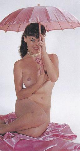 Naked Marilyn Wesley photo