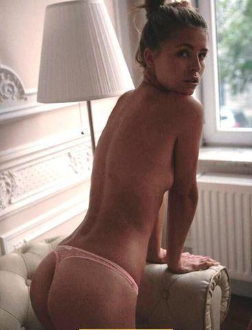 celebritie Marisa Papen 2015 titties pics home