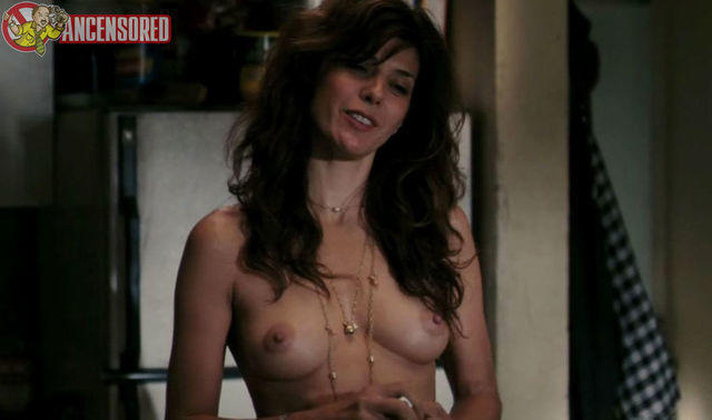 marisa tomei nude at beach