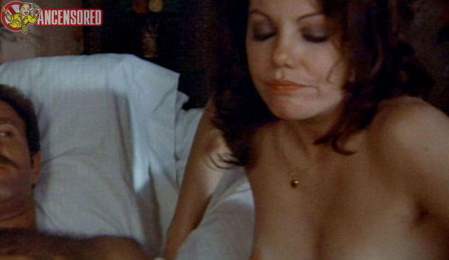 actress Marsha Mason 18 years Without swimsuit snapshot in public