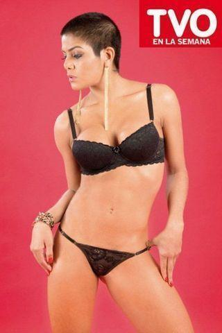 actress Marta Arrieta 21 years tits foto beach