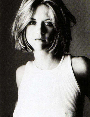 models Meg Ryan 23 years unmasked pics home