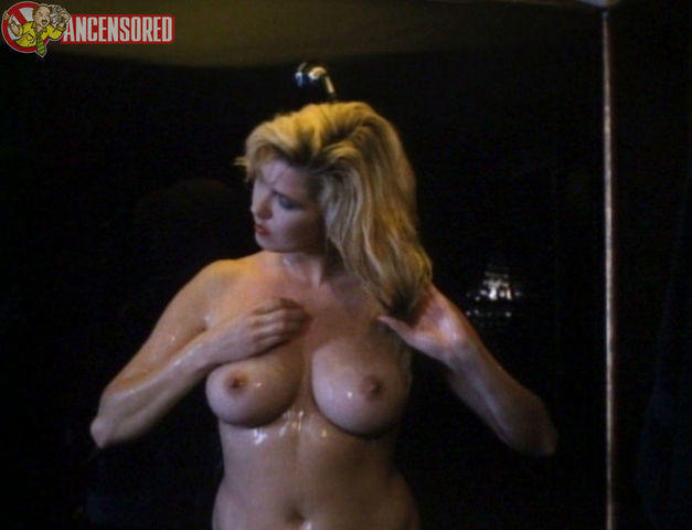 actress Melissa Anne Moore 23 years libidinous photoshoot in public