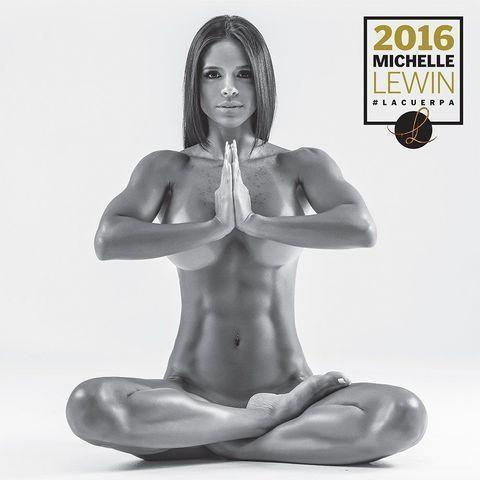celebritie Michelle Lewin 25 years unclothed picture in the club