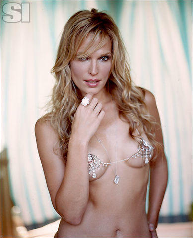 Naked Molly Sims photos