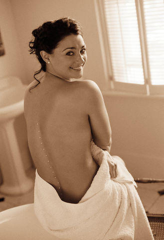 actress Natalie J. Robb 24 years raunchy snapshot home