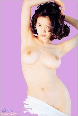 actress Natsuko Tohno 20 years fleshly snapshot in the club