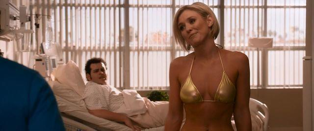 Nicky Whelan topless picture