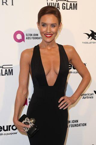 actress Nicky Whelan 21 years chest photos in the club