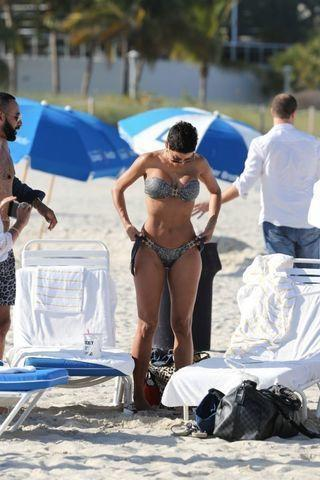 Nicole Murphy topless photography